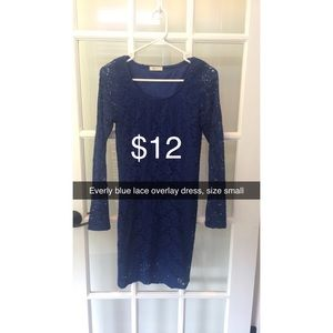 Everly blue lace dress size small